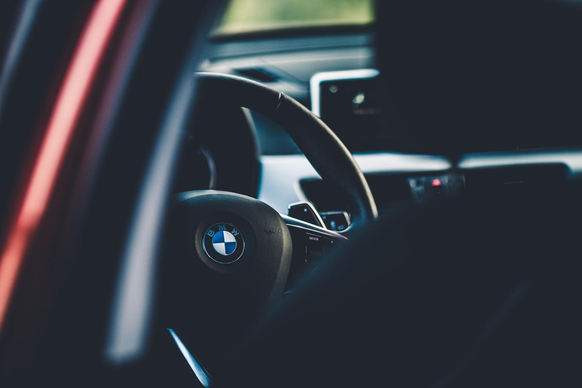 Jak sprawdzić samochód przed zakupem? – Poradnik